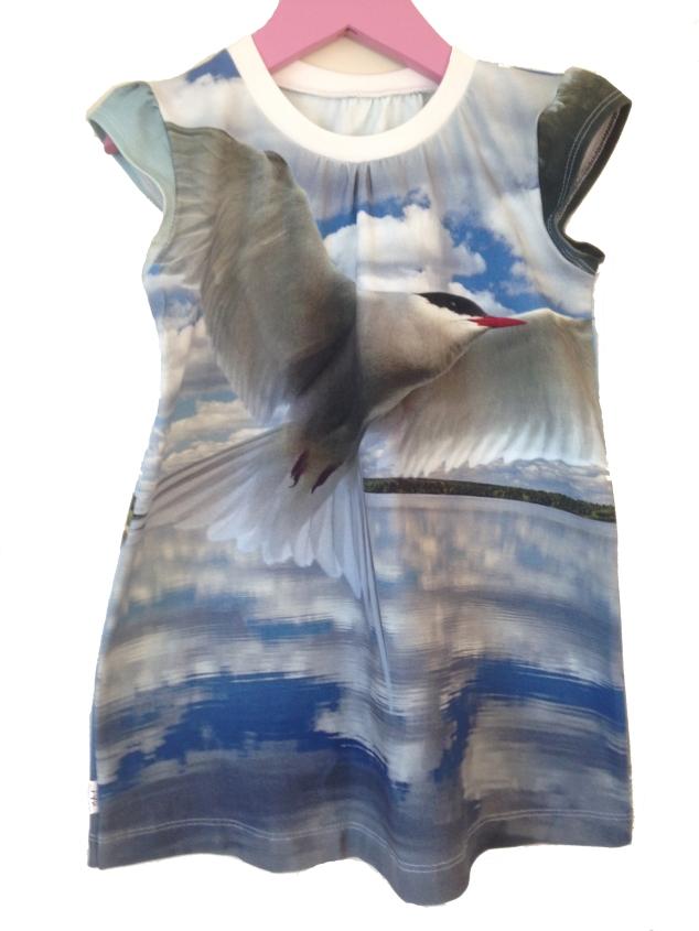 Tunika/kort kjole med terner, størrelse 4 år.